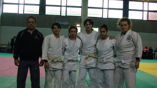 Squadra Femminile Dojo Custom
