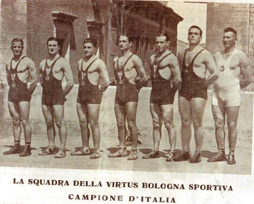 virtus bologna sportiva squadra lotta 1936 Custom