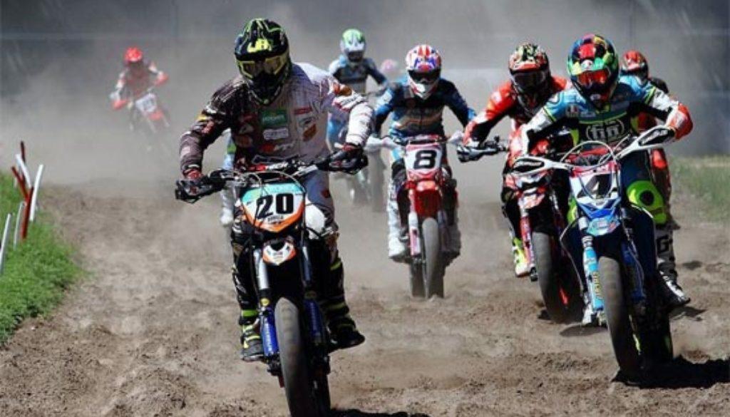 moto racing 550