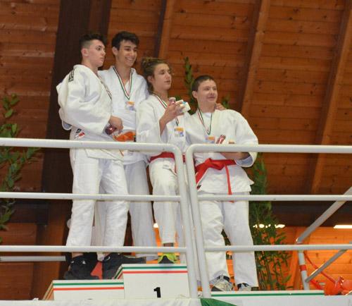 Alessandro-Russo-sul-podio