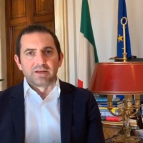 Il Ministro allo Sport Vincenzo Spadafora annuncia novità in merito al bonus da 600 euro per i collaboratori sportivi e alla ripresa degli allenamenti