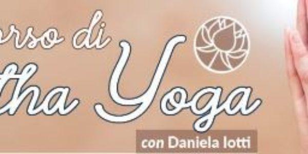 Corso online di Hatha Yoga con Daniela Iotti