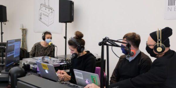Una radio al Nuovo Forno del Pane di Bologna, la storia di Neu Radio