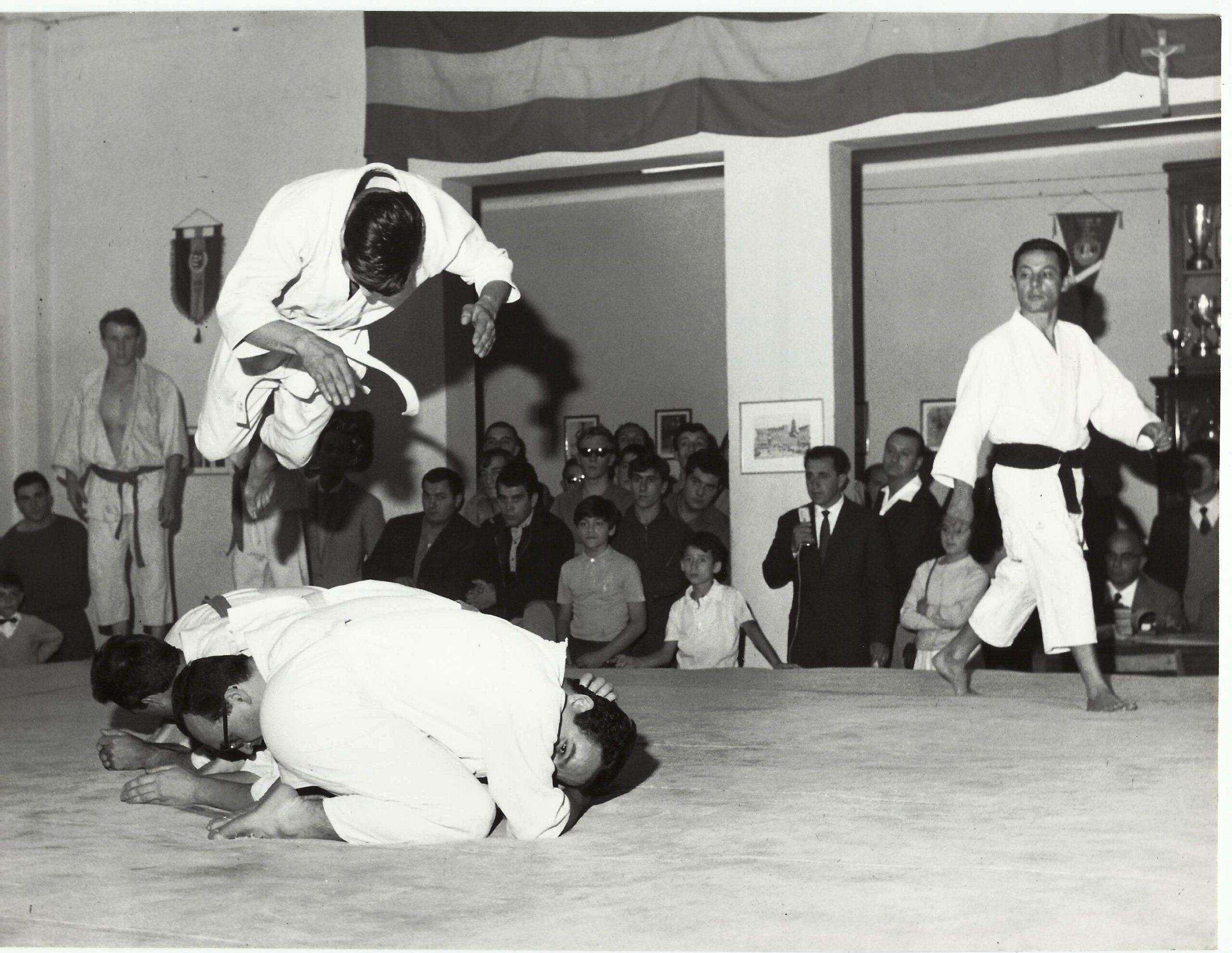 1965 acrobazie lotta giapponese